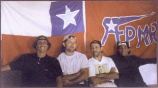 Fotografia de los Fugados celebrando el rescate