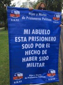 puntapeucoprotesta023